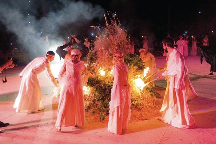 Pinto celebra el solsticio de verano en el parque Juan Carlos I ...